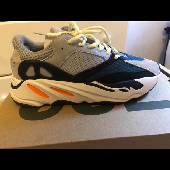 Yeezy Shoes   Yeezys Wave Runner Size 7